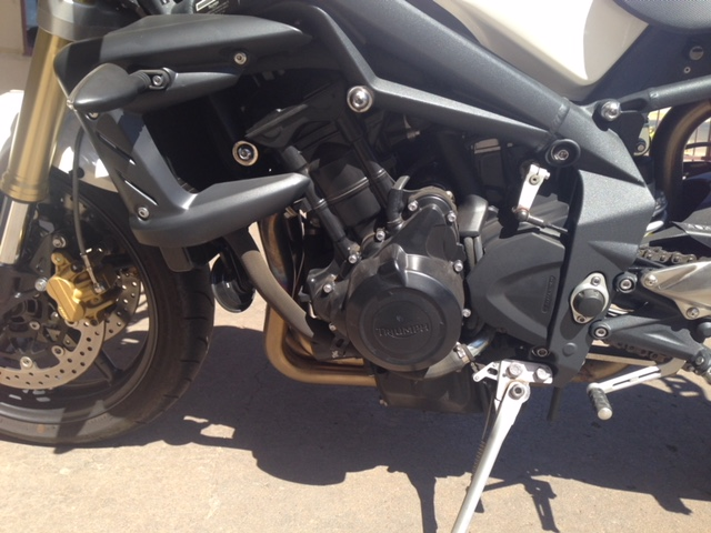 Griffith-Motorcycle-Centre-Pre-Owned-Triumph-Street-Triple-IMG_4040