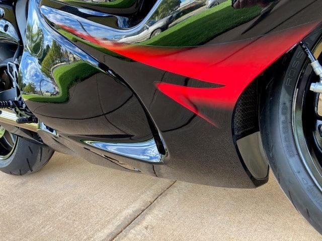 Suzuki Bandit - low right front