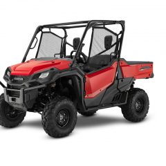 17 Honda Pioneer 1000 EPS - red