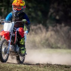 CRF110F-HERO-LIFESTYLE