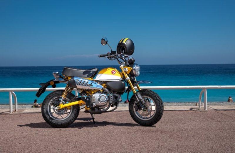 Z125MAL-HERO-LIFESTYLE-1